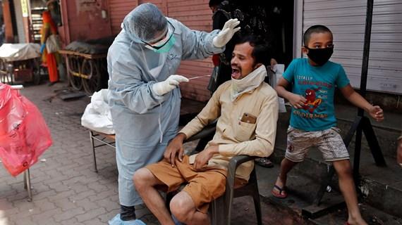 """Nghiên cứu tại Ấn Độ: Trẻ em là nguồn """"siêu lây nhiễm"""" COVID-19"""