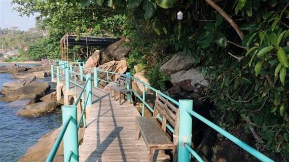 'Phù phép' đất rừng ở Phú Quốc: Xây dựng, sang nhượng dự án trái phép