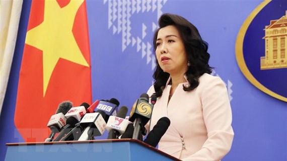 Việt Nam phản đối Trung Quốc điều tàu chiến, máy bay tới Trường Sa