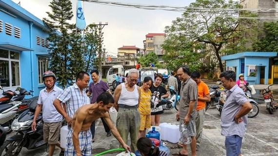 Nước cấp cho HH Linh Đàm tanh, đục do xe không đảm bảo vệ sinh