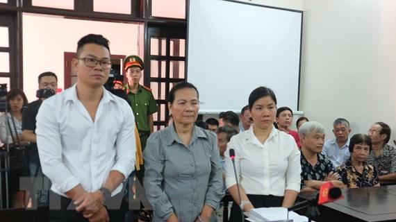 """VKS đề nghị mức án vụ """"chống người thi hành công vụ vì đồng hồ nước"""""""
