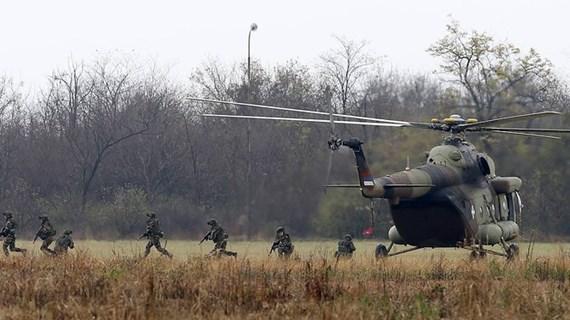 Serbia đình chỉ các cuộc tập trận quân sự chung với Nga và Belarus