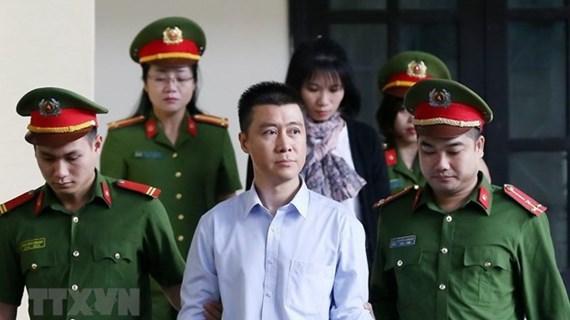 Thu 2,6 triệu USD tiền thi hành án trong vụ Phan Sào Nam