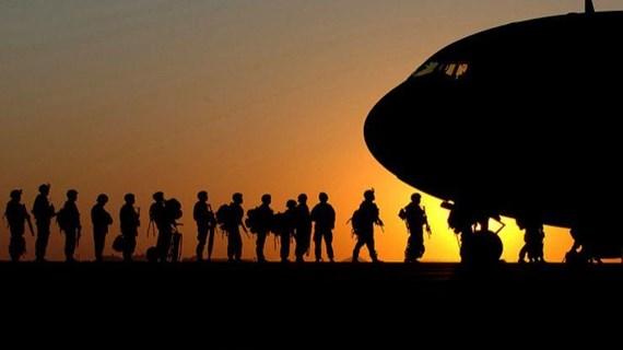 """Mỹ triển khai thêm 1.000 quân tới """"phòng thủ"""" ở Trung Đông"""