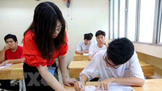 Thi THPT Quốc gia 2019: Hơn 74.000 thí sinh Hà Nội làm thủ tục thi