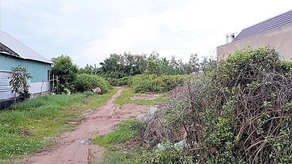Kỷ luật cảnh cáo ba cán bộ liên quan đến vụ lừa đảo bán đất ở Bạc Liêu