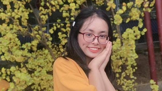 Bí quyết giành điểm cao nhất nước khối D1 của nữ sinh Hà Nội