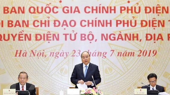 Thủ tướng Nguyễn Xuân Phúc: Dứt khoát phải làm tốt Chính phủ điện tử
