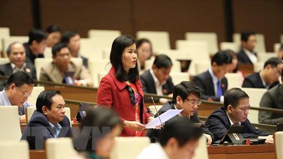 Đòi nợ thuê: Chính phủ muốn cấm, đại biểu Quốc hội muốn quản