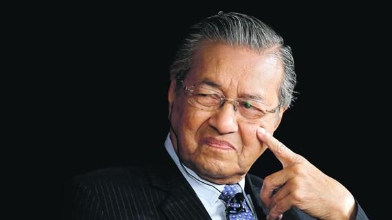 Thủ tướng Malaysia Mahathir Mohamad nộp đơn từ chức lên Quốc vương