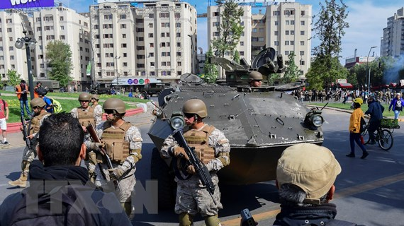 Chile ban bố lệnh giới nghiêm tại thủ đô nhằm ngăn ngừa bạo lực