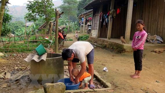 Tuyên Quang: Dân 'khát' bên công trình nước sạch tiền tỷ