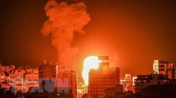 Cảnh Israel dồn dập dội bom quyết giết thủ lĩnh của nhóm Hamas ở Gaza