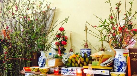 Bàn thờ gia tiên - nơi hội tụ những giá trị thiêng liêng của Tết