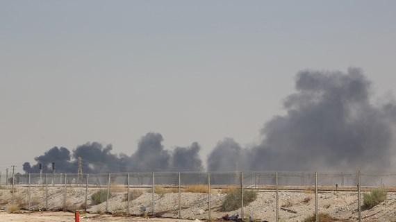 """Nước nào sẽ lấp đầy """"khoảng trống"""" dầu mỏ của Saudi Arabia?"""