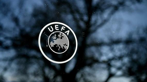 COVID-19: UEFA hoãn vô thời hạn các giải đấu bóng đá