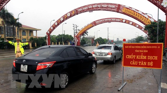 Bãi bỏ biện pháp ngăn cấm đi lại không đúng với Chỉ thị của Thủ tướng