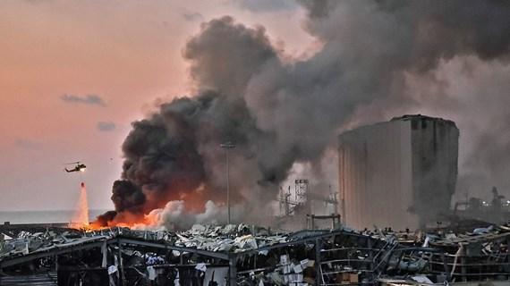 [Photo] Hiện trường tan hoang sau vụ nổ kinh hoàng ở Beirut