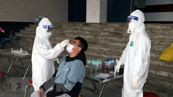 Việt Nam không có thêm ca mắc COVID-19 mới, 6 trường hợp khỏi bệnh