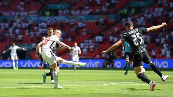 Trực tiếp Anh- Croatia 0-0: Phil Foden sút bóng trúng cột dọc