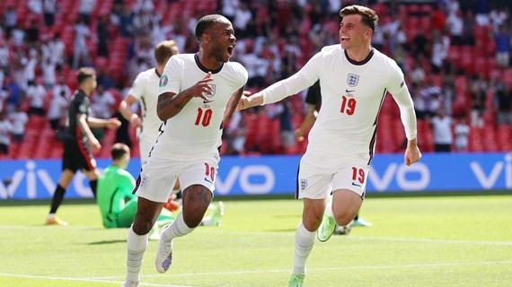 Trực tiếp Anh- Croatia 1-0: Raheem Sterling ghi bàn mở tỷ số