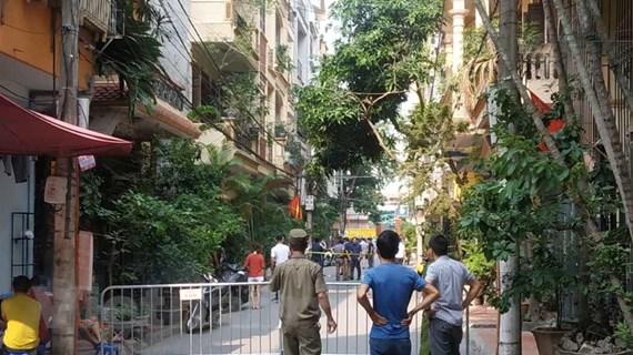 Hà Nội: Đâm tử vong 2 nữ sinh rồi nhảy từ tầng 4 xuống tự tử