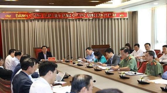 Bí thư Hà Nội chỉ đạo xử lý vụ việc 'dân chặn xe vào bãi rác Nam Sơn'