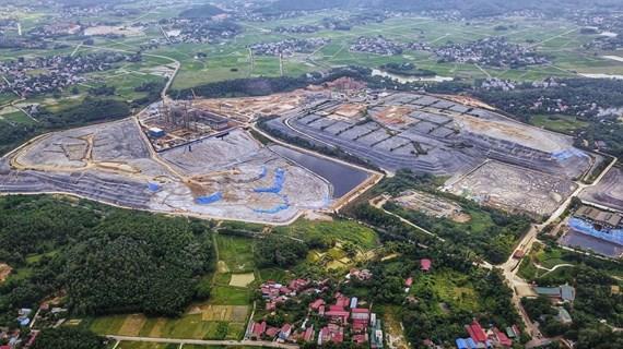 Hà Nội: Bãi rác Nam Sơn 'hắt xì,' dân nội thành lại khổ vì hôi thối
