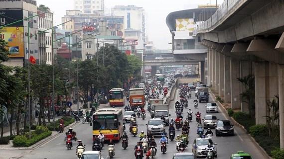 Hà Nội: Đơn vị vận tải xe buýt 'dọa' tạm ngừng 'cõng' khách
