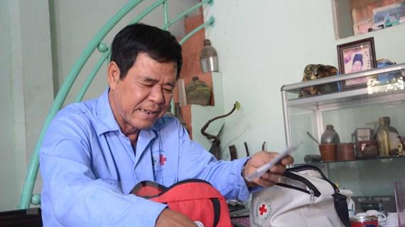 Những 'hiệp sỹ xe ôm đường phố' chuyên cứu giúp người bị nạn