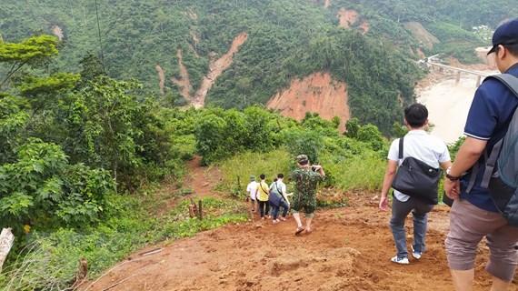 Quảng Nam: Tích cực cứu nạn, hỗ trợ người dân bị cô lập tại Phước Sơn
