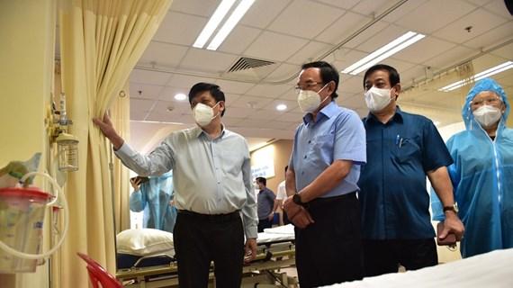 TP. HCM Khẩn trương đưa 4 trung tâm hồi sức tích cực vào hoạt động