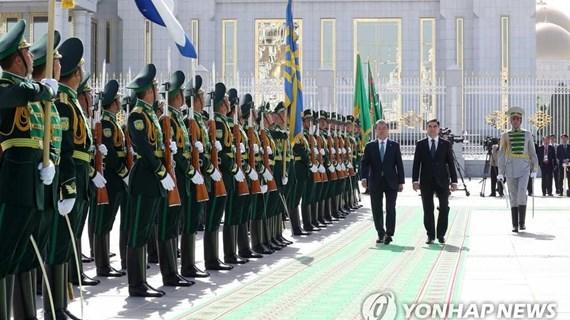 Lãnh đạo Hàn Quốc, Turkmenistan nhất trí tăng cường hợp tác