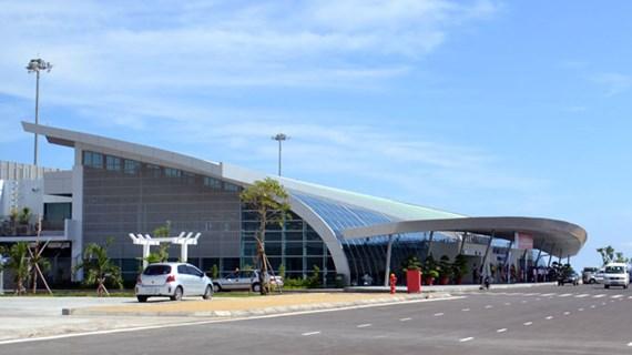 Tỉnh ủy Phú Yên thông tin chính thức về việc xe biển xanh vào sân bay