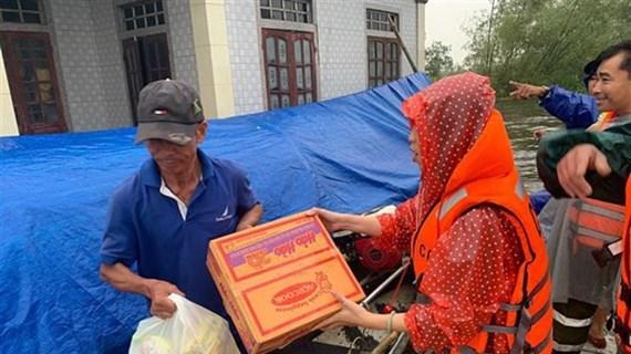 Chủ động cung ứng đủ nguồn hàng cho người dân vùng lũ miền Trung