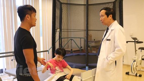 GS Nguyễn Thanh Liêm: Nhà khoa học Việt có thể đi dạy ở nước ngoài