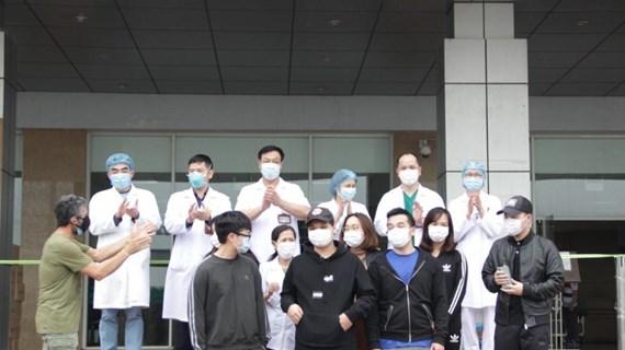 11 bệnh nhân mắc COVID-19 được công bố khỏi bệnh: Có bệnh nhân số 21