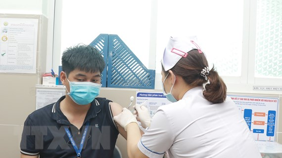 Bộ Y tế thông tin về đông máu do tiêm vaccine phòng COVID-19