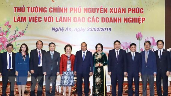 Thủ tướng Nguyễn Xuân Phúc tiếp các nhà đầu tư tại Nghệ An
