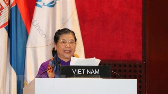 Phó Chủ tịch Quốc hội Tòng Thị Phóng tiếp xúc song phương tại Cuba