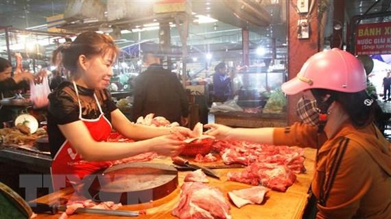 Bàn giải pháp ổn định nguồn cung thịt lợn trong dịp Tết Canh Tý