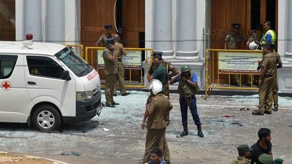 Ít nhất đã có 160 người thiệt mạng trong các vụ nổ tại Sri Lanka