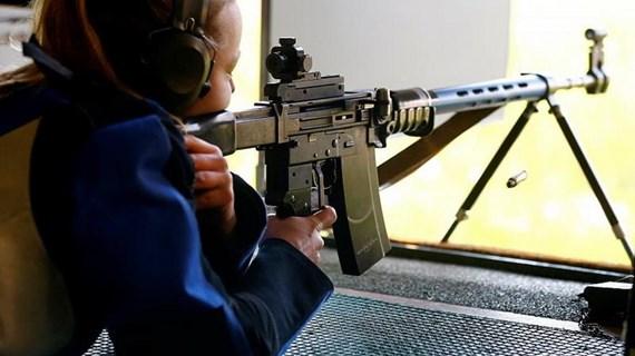 67% cử tri Thụy Sĩ ủng hộ siết chặt luật kiểm soát súng đạn