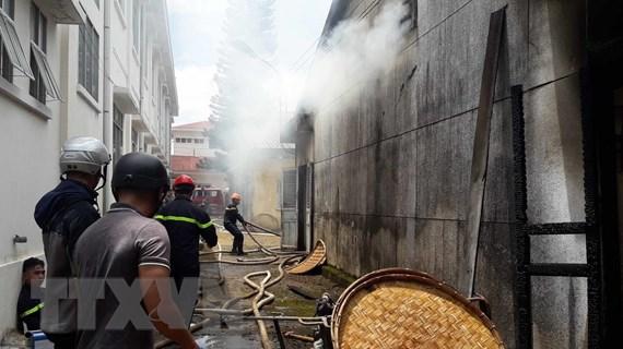 Cháy lớn ở Trung tâm Nghiên cứu thực nghiệm Nông-Lâm nghiệp Lâm Đồng