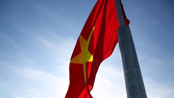 [Video] Xúc động buổi lễ thượng cờ tại đỉnh núi cao nhất đảo Lý Sơn