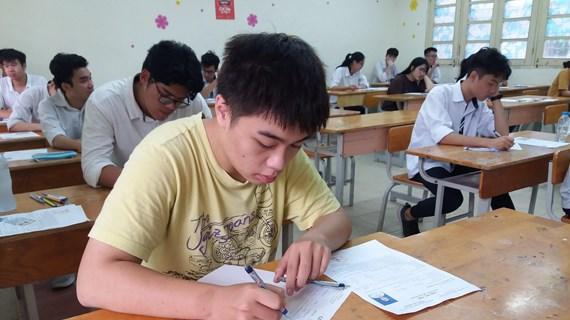 Điểm thi Lịch sử, Ngoại ngữ thấp: Hệ quả học ứng thí, lệch chất lượng