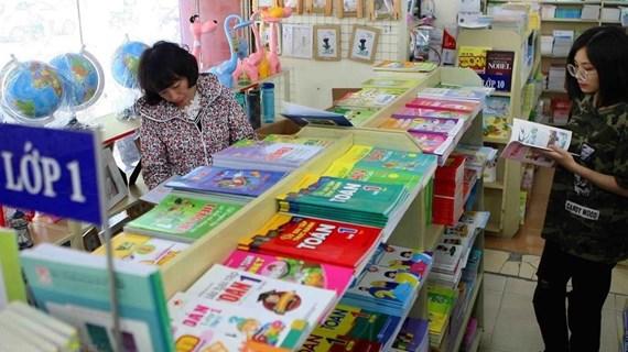 'Thẩm định sách giáo khoa còn tư biện, kinh nghiệm và xa rời thực tế'
