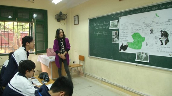 Hà Nội rà soát xét đặc cách giáo viên hợp đồng trước ngày 20/11