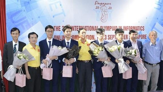 Việt Nam giành bốn huy chương tại kỳ thi Olympic Tin học quốc tế