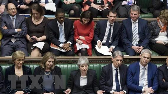 Thủ tướng May lần đầu gửi thông điệp ngụ ý bà có thể sẽ từ chức